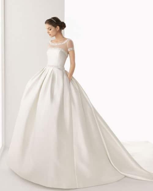 abito da sposa principessa, scivolato e redingote.