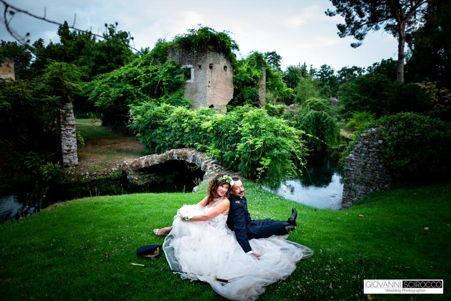 foto sposi giardini di ninfa