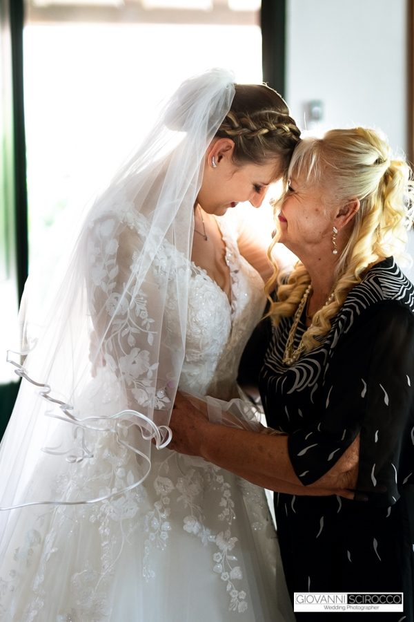 mamma con la sposa